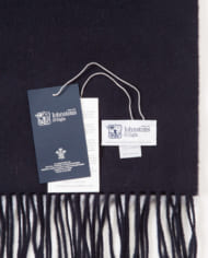 johnstons-scarfsd7330
